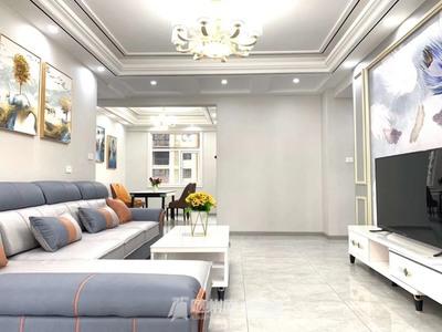 城东世纪未来城7楼,120平三室精装房及全屋家电,一手房手续,售价75万!