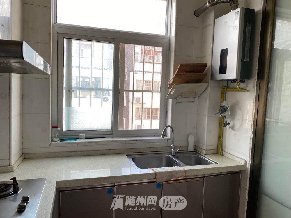 出租翰林苑3室2厅2卫130平米1300元/月住宅