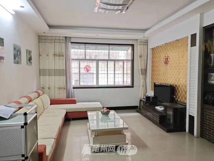 白云湖一楼带花园,127平精装房三室并带全屋家电,售价55万!