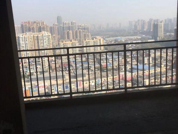 出售锦绣香江3室2厅2卫150平米78万住宅