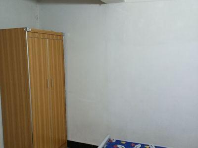出租沿河小区2室1厅1卫55平米500元/月住宅